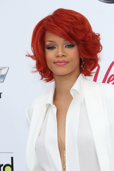 Rihanna in short curly hairstyle